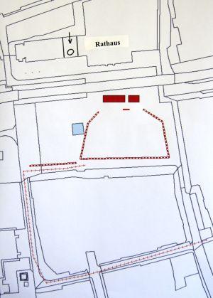 """Neuer Markt Rostock - Veranstaltungsort """"Großer Zapfenstreich"""" der Marine - vom Rathaus gesehen"""