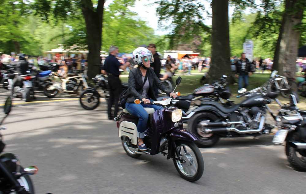 Flinke Schwalbe beim 19. Bikergottesdienst 2016 in Bad Doberan