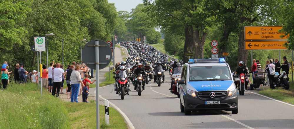 Motorradausfahrt beim 19. Mogo 2016 in Bad Doberan