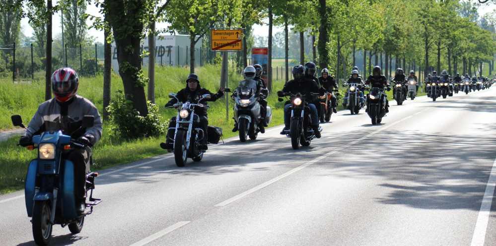 Sternenfahrt zum 19. Bikergottesdienst 2016 in Bad Doberan