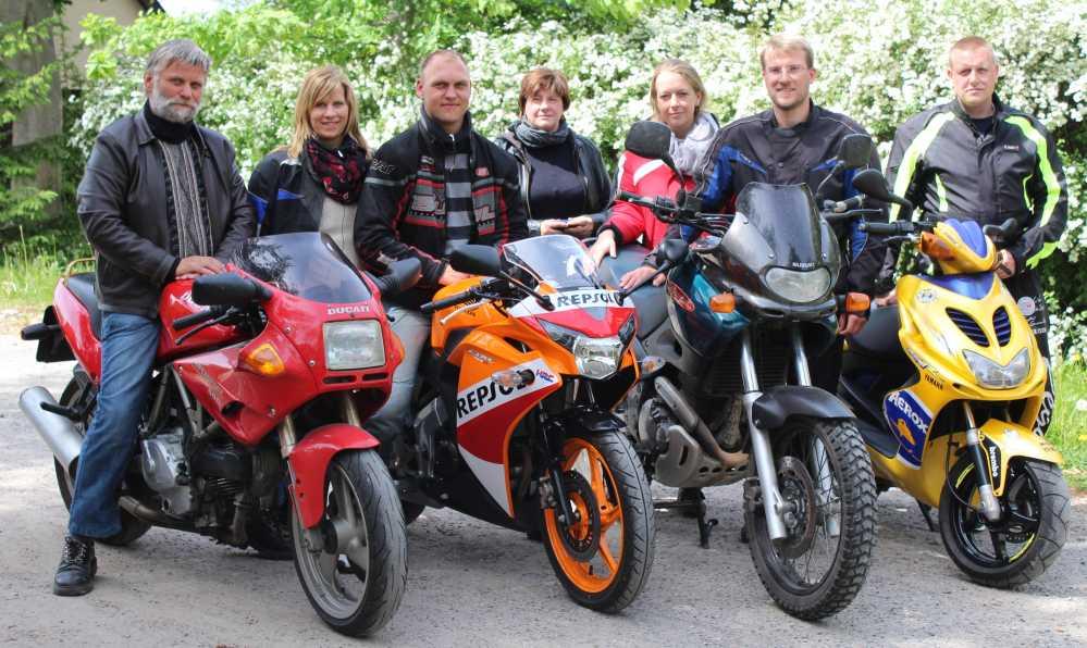 Motorradfreunde beim 19. Bikergottesdienst 2016 in Bad Doberan