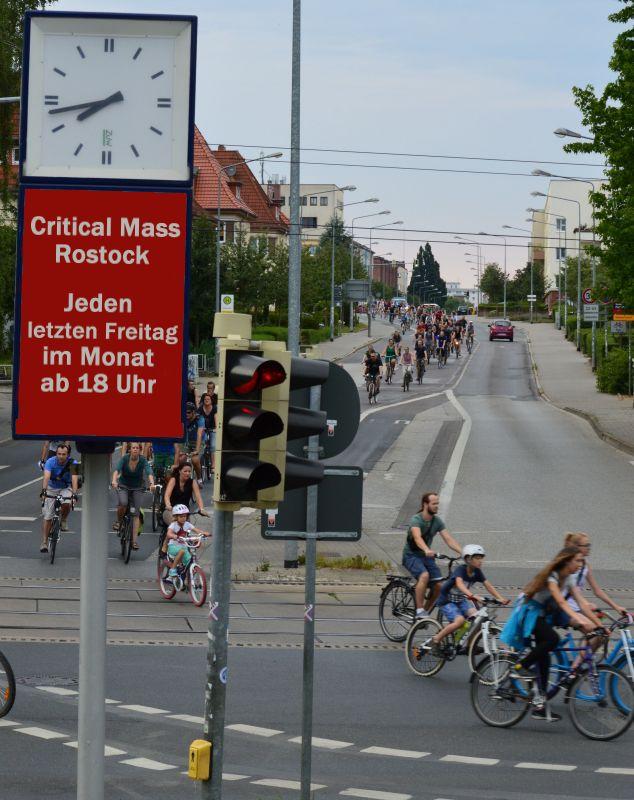 Critical Mass in Rostock - Stadtrundfahrt jeden letzten Freitag im Monat ab 18 Uhr