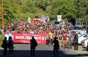 Demo Grenzenlose Solidarität statt Rassismus in Rostock - Groß Klein am 11.06.2016