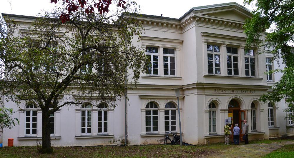 ehemaliges Botanisches Institut in der Rostocker KTV