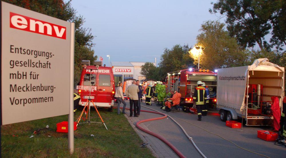 Chemiebrand bei der EMV Entsorgungsgesellschaft für Mecklenburg Vorpommern in Bargeshagen bei Rostock
