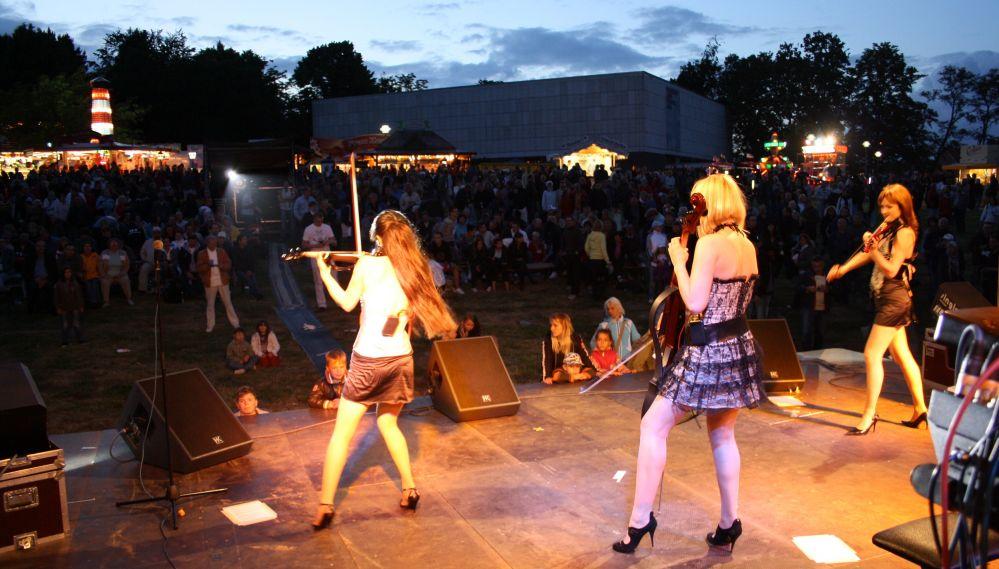Rock & Pop trifft Klassik auf dem Fischerfest in Reutershagen