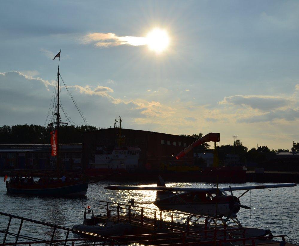 Wasserflieger am Wasserflugplatz im Fischereihafen Marienehe zur Rostocker Hanse Sail