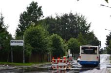 Überflutung durch Regen-Hochwasser in der Pressentinstraße in Rostock - Gehlsdorf