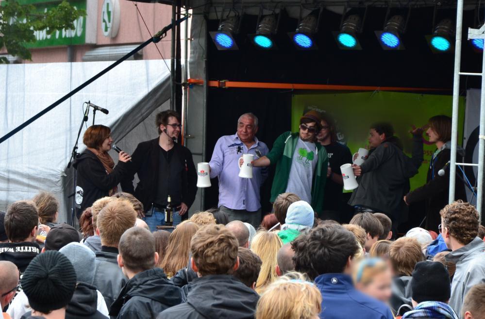 KTVlenzen 2012 - Wettbewerb Bierkrugstemmen auf dem KTV-Stadtteilfest