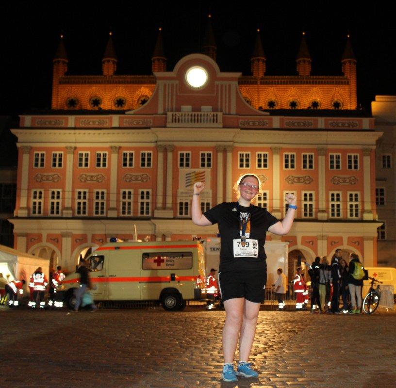 lezter Zieleinlauf / Veranstaltungsende der 15. hella Marathon-Nacht Rostock 2017