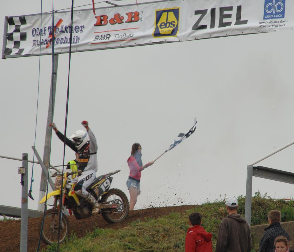 Zieleinfahrt zu Pfingsten 2013 auf dem Echoberg in Tessin