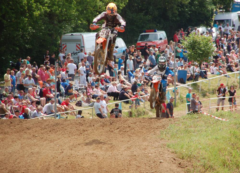 Pfingsten 2014 - Motocross auf dem Tessiner Echoberg