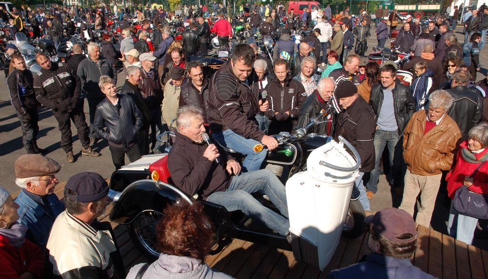 14. Zweirad-Oldtimertreff mit Ausfahrt in Tessin im Landkreis Rostock
