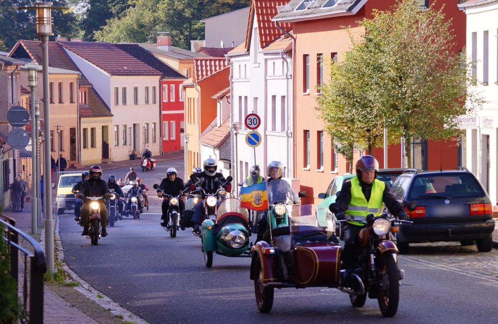 13. Zweirad-Oldtimertreff in Tessin - Landkreis Rostock - 03. Oktober 2012