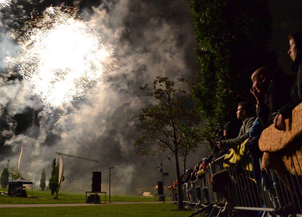 Pyrogames Rostock - Feuerwerk und Lasershow im IGA-Park