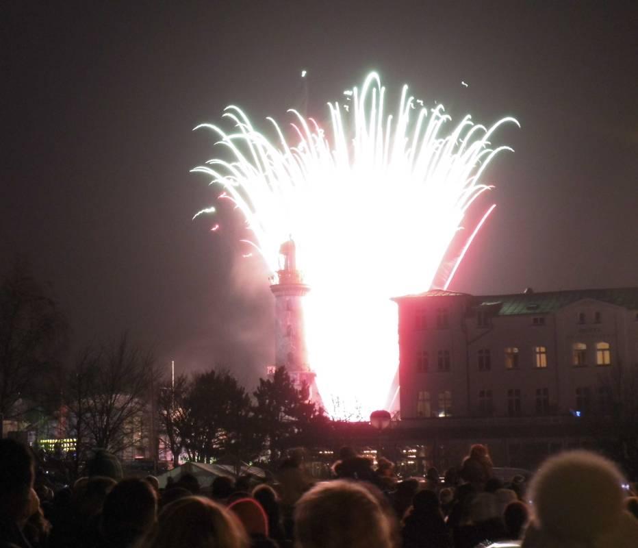 Warnemünder Turmleuchten 2015 am Rostocker Strand